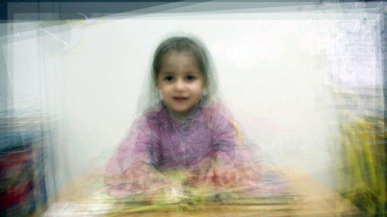Emese Miskolczi-Petites filles